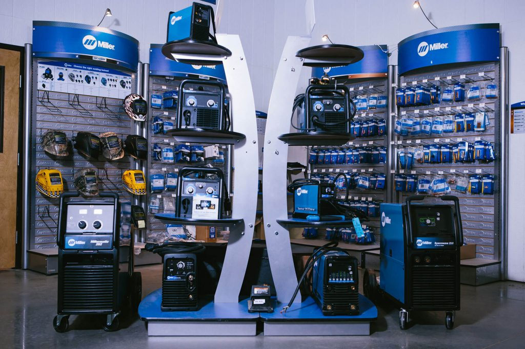 Ideal for those in the mechanical trades, Sidney Lee Welding Supply provides the welding machines, tools, and supplies required.