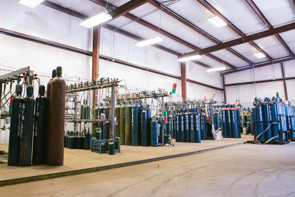 Sidney Lee Welding Supply distributes medical oxygen and nitrous oxide for dental clinics, surgical centers, and veterinary offices.